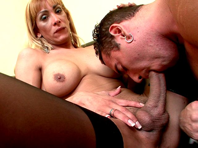 Giant cock of blonde shemale gets sucked by lucky dude